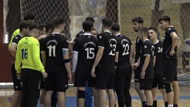 Debut cu înfrângere pentru echipa de handbal seniori