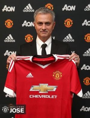Jose Mourinho este, oficial, noul manager al lui Manchester United!
