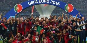 Portughezii au celebrat pe străzi câștigarea trofeului!