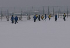 Petroliștii s-au bucurat de fotbal în zăpadă