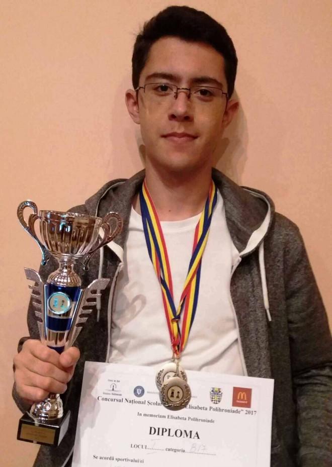 Blocajul de la CSM Ploieşti împiedică un şahist să participe la campionatul mondial
