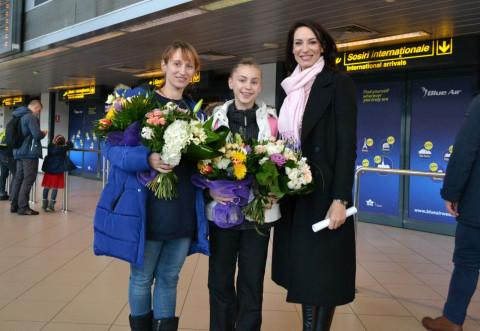 Denisa Stoian, felicitată de Irina Deleanu
