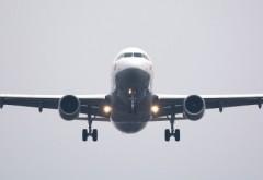 Pasager mort, găsit în toaleta unui avion