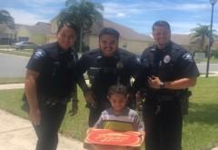 Un puști de cinci ani se simțea înfometat și a sunat la 911 să comande o pizza. Cum au reacționat polițiștii - VIDEO