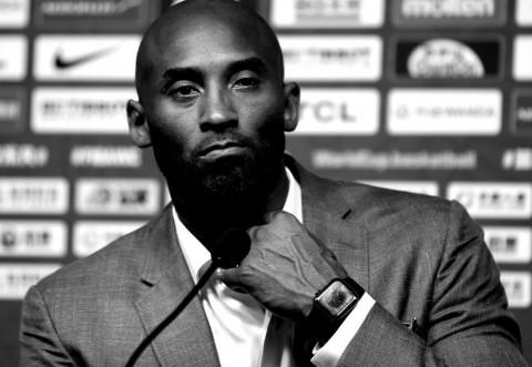 BREAKING NEWS Tragedie uriașă: Kobe Bryant a murit la 41 de ani, într-un accident de elicopter