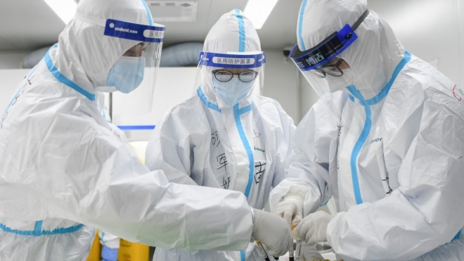 China este acuzată că a raportat date false despre coronavirus. Bilanțul real ar fi de aproape 100.000 de morți