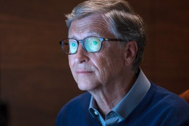 Bill Gates reacționează după ce a fost acuzat că știa de coronavirus