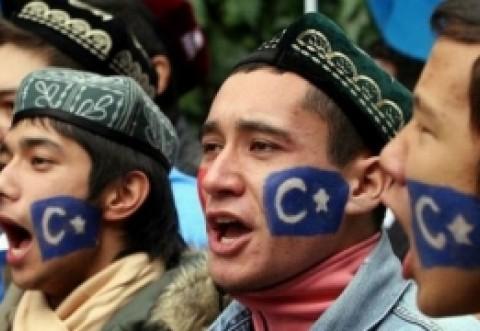 China, acuzata de GENOCID si crime impotriva umanitatii