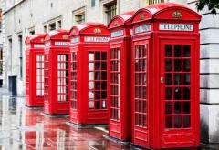 Cum au ajuns celebrele cabine telefonice roșii să salveze viețile britanicilor în pandemie