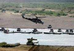 ALERTA/ Exerciţii militare fără precent: 80.000 de militari ruşi participă la manevre de amploare