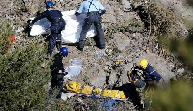 Ce au gasit anchetatorii in telefoanele victimelor din avionul prabusit in Alpii francezi. Pe cine au incercat oamenii sa apeleze