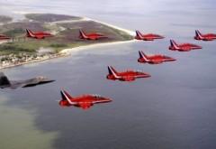 Rusia provoacă Marea Britanie: Două bombardiere rusești au fost interceptate de avioane de vânătoare