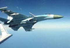 Intimidare deasupra Mării Negre: Un avion rusesc a zburat la numai 3 metri de unul american