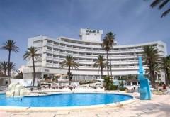 Atac armat la două HOTELURI din Tunisia. Teroriştii au deschis focul asupra turiştilor. 27 persoane, ucise