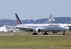 Două avioane Air France s-au ciocnit pe pistă