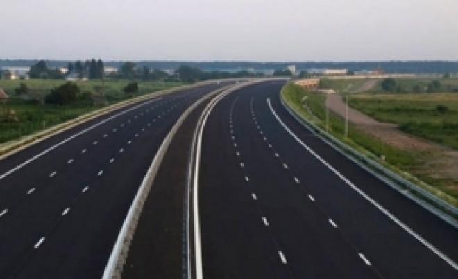 Undă verde pentru 'Autostrada Unirii': Lege adoptată cu scandal în Camera Deputaților