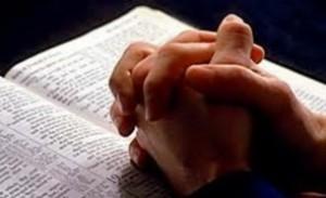 Decizie istorică - Rugăciunea 'Tatăl Nostru', modificată! Textul noii ediţii va fi supus atenţiei Vaticanului. Ce verset dispare