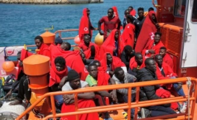 NEAȘTEPTAT - România, printre ţările care vor să primească zeci de imigranţi salvaţi în Mediterană