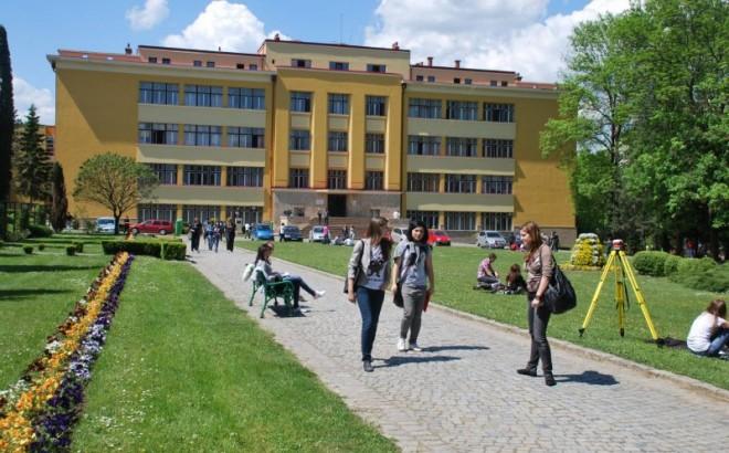 Virus rar scăpat de sub control în România! Studenții de la medicină veterinară din Cluj au provocat un focar de infecție cu un virus foarte rar