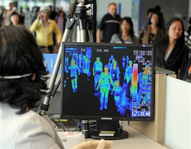 În aeroporturi ar putea fi montate termoscanere pentru a fi identificate persoane cu febră, posibil purtătoare a virusului din China
