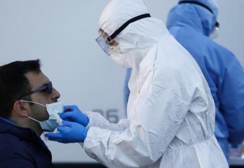 Virusolog german: Noul coronavirus nu a fost găsit pe nicio suprafaţă din casa unei familii infectate