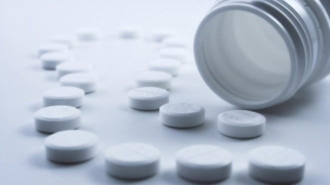 Un bărbat din Botoșani a murit de supradoză de Paracetamol după ce s-a tratat singur acasă de Covid-19. Cate pastile luase