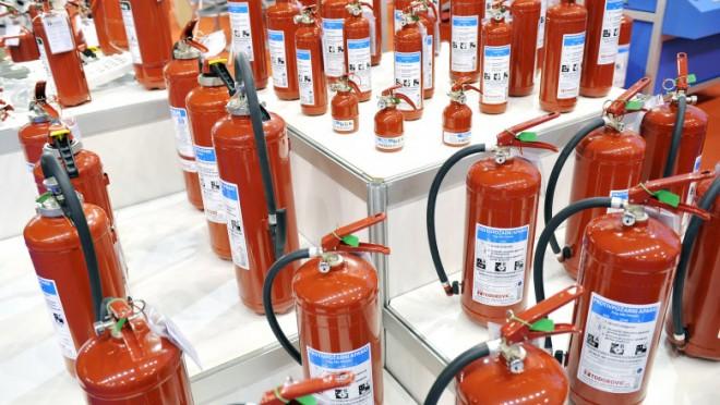 Perchezitii in Prahova: O singură firmă a pus în pericol școli, spitale, companii de transport din toată țara prin modul în care verifica protecția la incendii