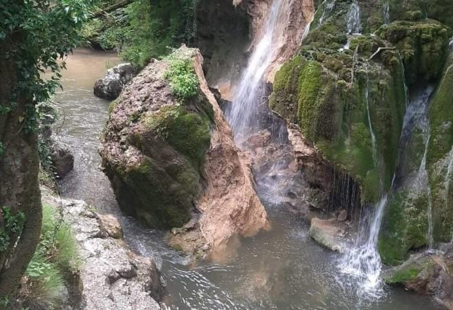 NEWS ALERT: Apar acuzații șocante, după ce Cascada Bigăr s-a prăbușit