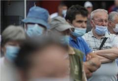 Daca organiza PSD, iesea macel! Coadă la oferta mici+vaccin, în Piața Obor: rețeta românească se dovedește a fi un succes
