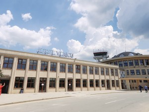 Aeroportul Băneasa se va deschide în octombrie