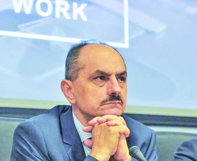 """Prof.dr. Virgil Păunescu: """"Nu știm ce efecte pe termen lung au vaccinurile"""""""