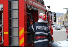 INCENDIU PUTERNIC in Bucuresti! 9 masini de pompieri se afla la fata locului