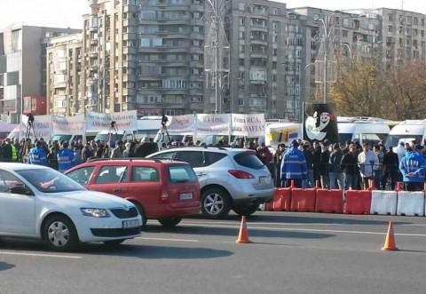 Transportatorii organizează miercuri şi joi proteste în faţa Guvernului