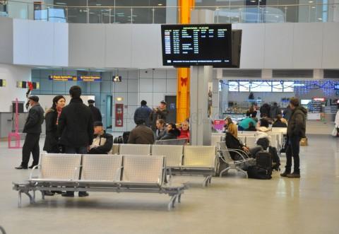 Zeci de zboruri afectate de grevă; Blue Air are 3 decolări întârziate, iar Ryan Air a anulat 5 curse