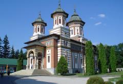 Fenomen inexplicabil într-o biserică din România. Toți cei care intră aici...