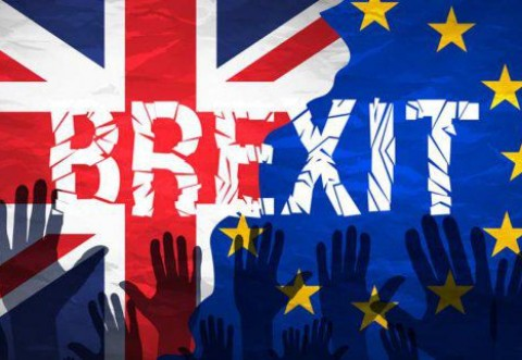 Veste importantă pentru românii din Marea Britanie: Ce trebuie să facă pentru a rămâne și după BREXIT