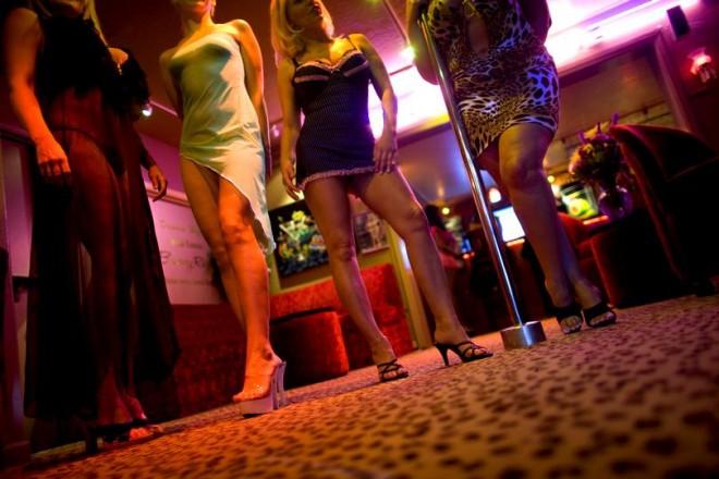 Româncă obligată să facă sex cu mii de oameni. Cum arăta tânăra după 20 de clienți pe zi și cum a scăpat