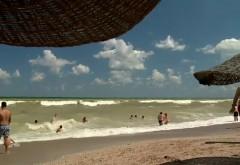 Tânăr înecat pe plajă, într-o groapă pe care a săpat-o singur în nisip. Cum a fost posibil