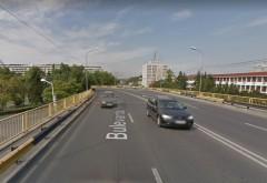 Accident pe podul de la Gara de Sud. Un autobuz si un autoturism, implicate