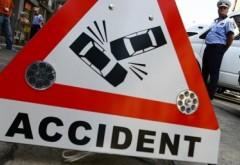 Accident in Ploiesti, pe strada Deltei. O soferita a ajuns la spital dupa ce a intrat cu masina intr-un autoturism parcat
