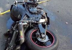 Un motociclist a ajuns la spital dupa ce a cazut de pe motor, in Parcul Municipal. Tanarul a vrut sa evite un relantisor