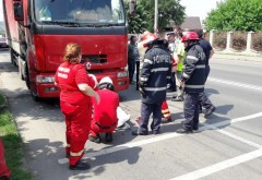 Accident grav pe DN1B, la Mizil. Un pieton a ramas sub TIR dupa ce a fost spulberat in timp ce traversa
