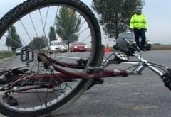Accident la Valea Calugareasca. Un copil aflat pe bicicleta a fost lovit de masina