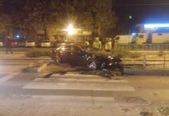 Un sofer a provocat un accident langa Spitalul Judetean si a fugit! Si-a uitat telefonul in masina