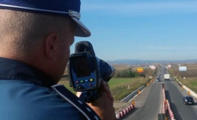 Peste 10.000 de polițiști au dat iama în șoferi: Sute de conducători auto au rămas pietoni, într-o vastă operațiune a IGPR