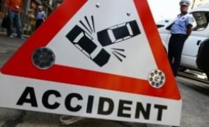 Accident la Loloiasca, pe DN1. O femeie a fost lovita de masina