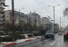 Cu BMW-ul pe contrasens, pe Bd. Republicii, dupa ce a sarit peste bordura