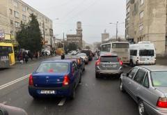 Ploiestiul este blocat! Haos in trafic din cauza repetitiilor pentru 1 Decembrie