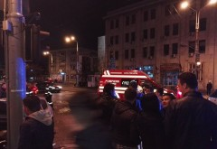 Accident in centrul Ploiestiului, langa Posta. Doua masini s-au lovit, doua persoane ranite