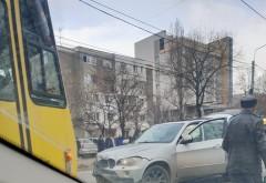 Accident pe Soseaua Vestului, langa Balif. Doua masini s-au facut zob, o victima!